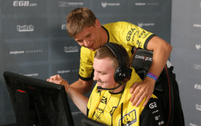 navi s1mple and flamie